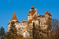 Automne au château de son (le château de Dracula) photos stock