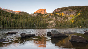 Automne, crête de Hallett, lac bear, Rocky Mountain National Park, C Image stock