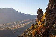 Automne dans la vallée du Hurdens de Demerdzhi photos stock