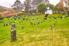 Automne dans le cimetière norvégien Images stock