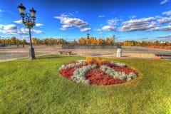 Automne en parc de ville image stock