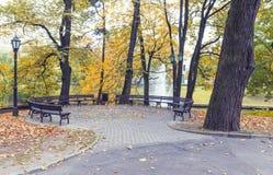 Automne en parc public central de Riga, Lettonie Photo stock