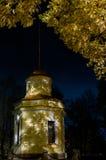 Automne nuit Le seamark de Kronstadt Photo libre de droits