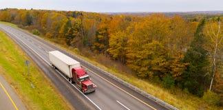 Automne rural Autumn Season Leaves C de route de route de campagne de paysage image stock