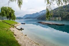 Automne sur le lac Ledro Photo libre de droits