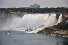Automnes américains de Niagara Falls Photographie stock libre de droits