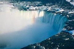 Automnes de fer à cheval d'hiver de chutes du Niagara Photos stock