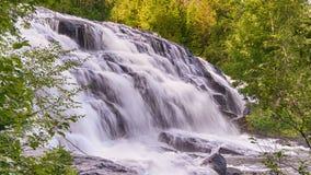 Automnes de lien, rivière moyenne d'Ontonagon de branche, MI Photo libre de droits