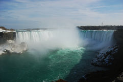 Automnes en fer à cheval de Niagara Falls Photos libres de droits