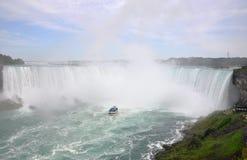 Automnes en fer à cheval de Niagara Falls Images stock