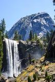 Automnes vernaux, parc national de Yosemite, la Californie, Etats-Unis Photographie stock libre de droits