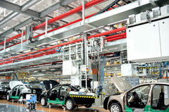 Automobiel montagewerkplaatspanorama Stock Foto