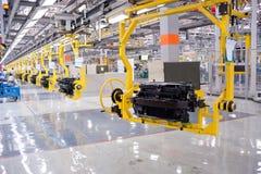 Automobiel montagewerkplaatspanorama Stock Afbeelding