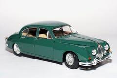 Automobile 1959 del giocattolo della scala del metallo del contrassegno 2 del giaguaro Fotografie Stock Libere da Diritti