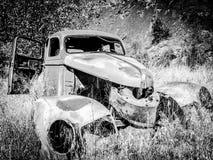 Automobile abbandonata Immagini Stock
