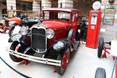 Automobile antica di guado Fotografie Stock