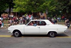 Automobile antica nella parata fotografia stock libera da diritti