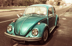 Automobile classica blu Volkswagen Beetle Fotografia Stock Libera da Diritti
