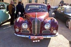Automobile classica BMW al fiore di BUGA Fotografie Stock Libere da Diritti