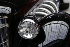 Automobile classica del nero dell'annata Fotografia Stock