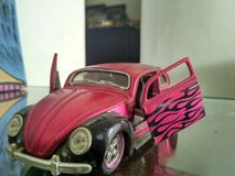 Automobile classica fatta dai giocattoli fotografia stock