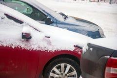 Automobile coperta di neve Fotografia Stock Libera da Diritti