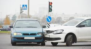Automobile crash collision in urban street Stock Photography
