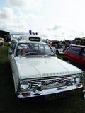 Automobile d'annata dell'ambulanza di Vauxhall fotografia stock libera da diritti