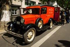Automobile d'annata Ford Model un furgone chiuso Immagini Stock