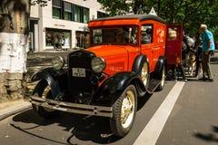 Automobile d'annata Ford Model un furgone chiuso Fotografia Stock