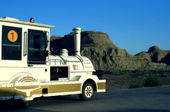 automobile de touristes de la ville de diable de Karamay Images libres de droits