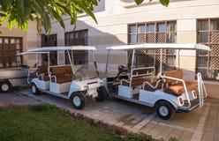 Automobile del club per golf Feste nell'Egitto immagini stock libere da diritti