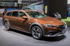 Automobile del Tourer del paese delle insegne di Opel Fotografia Stock
