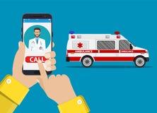 Automobile dell'ambulanza di chiamata tramite telefono cellulare, Immagini Stock