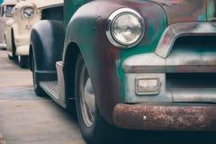 Automobile dell'annata del faro Immagini Stock Libere da Diritti