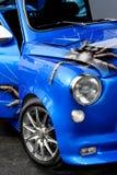 Automobile dell'azzurro dell'annata fotografie stock libere da diritti
