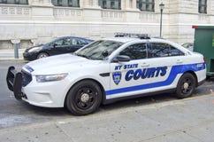 Automobile della polizia dei tribunali dello stato di New York Fotografia Stock Libera da Diritti
