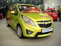 Automobile della scintilla della Chevrolet sull'esposizione di automobile di Belgrado Fotografie Stock