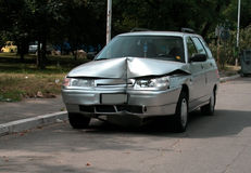 Automobile demolita Immagini Stock