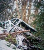 Automobile di abbandono nell'inverno Fotografia Stock Libera da Diritti