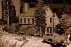 Automobile di casella e della fabbrica di birra, miniatura Fotografie Stock Libere da Diritti