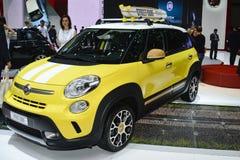 Automobile di concetto della spuma della via di trekking di Fiat 500L Immagine Stock Libera da Diritti