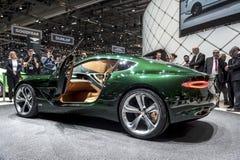 Automobile di concetto di Bentley EXP 10 di vista laterale Fotografia Stock