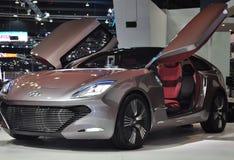Automobile di concetto di I-oniq con le porte fronte-provviste di cardini Immagine Stock Libera da Diritti