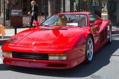 Automobile di Ferrari Testarossa su esposizione fotografia stock libera da diritti