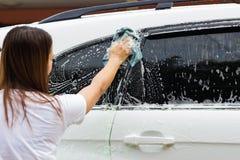 Automobile di lavaggio immagine stock libera da diritti