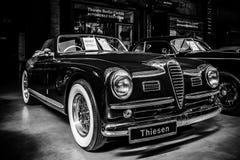 Automobile di lusso Alfa Romeo 6C 2500 ss Cabriolet, 1949 fotografia stock libera da diritti