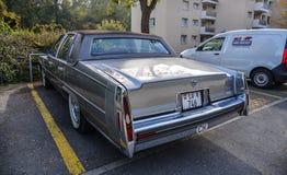 Automobile di lusso d'annata di Fleetwood Cadillac fotografia stock libera da diritti