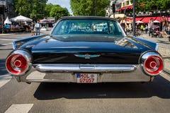 Automobile di lusso personale Ford Thunderbird ( terzo generation) Immagine Stock