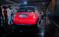 Automobile di Mini Cooper presentata sul salone dell'automobile di Tel Aviv immagine stock libera da diritti